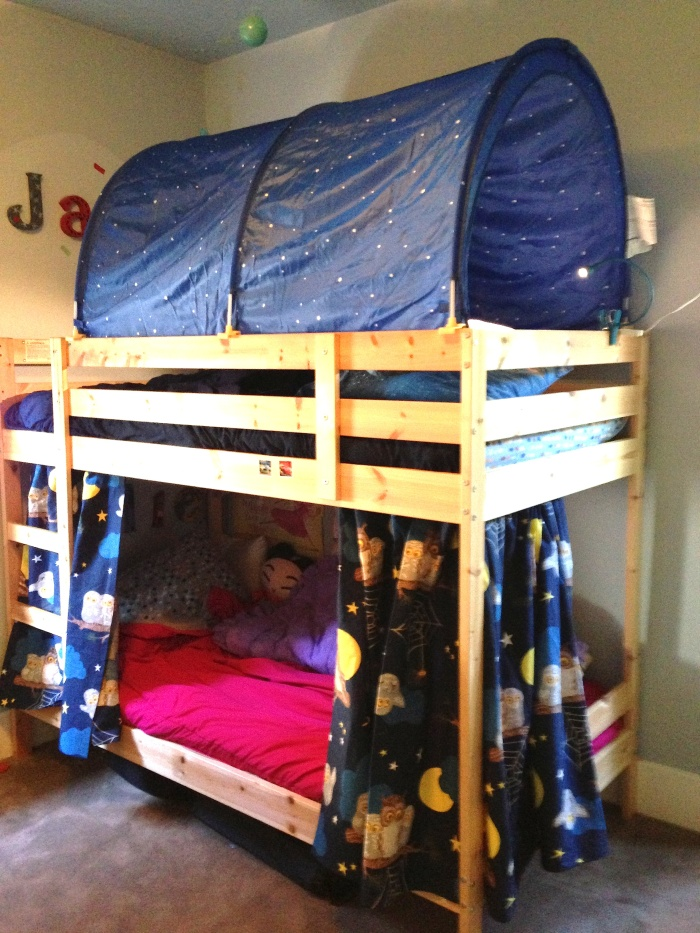 Bunk Bed Forts!