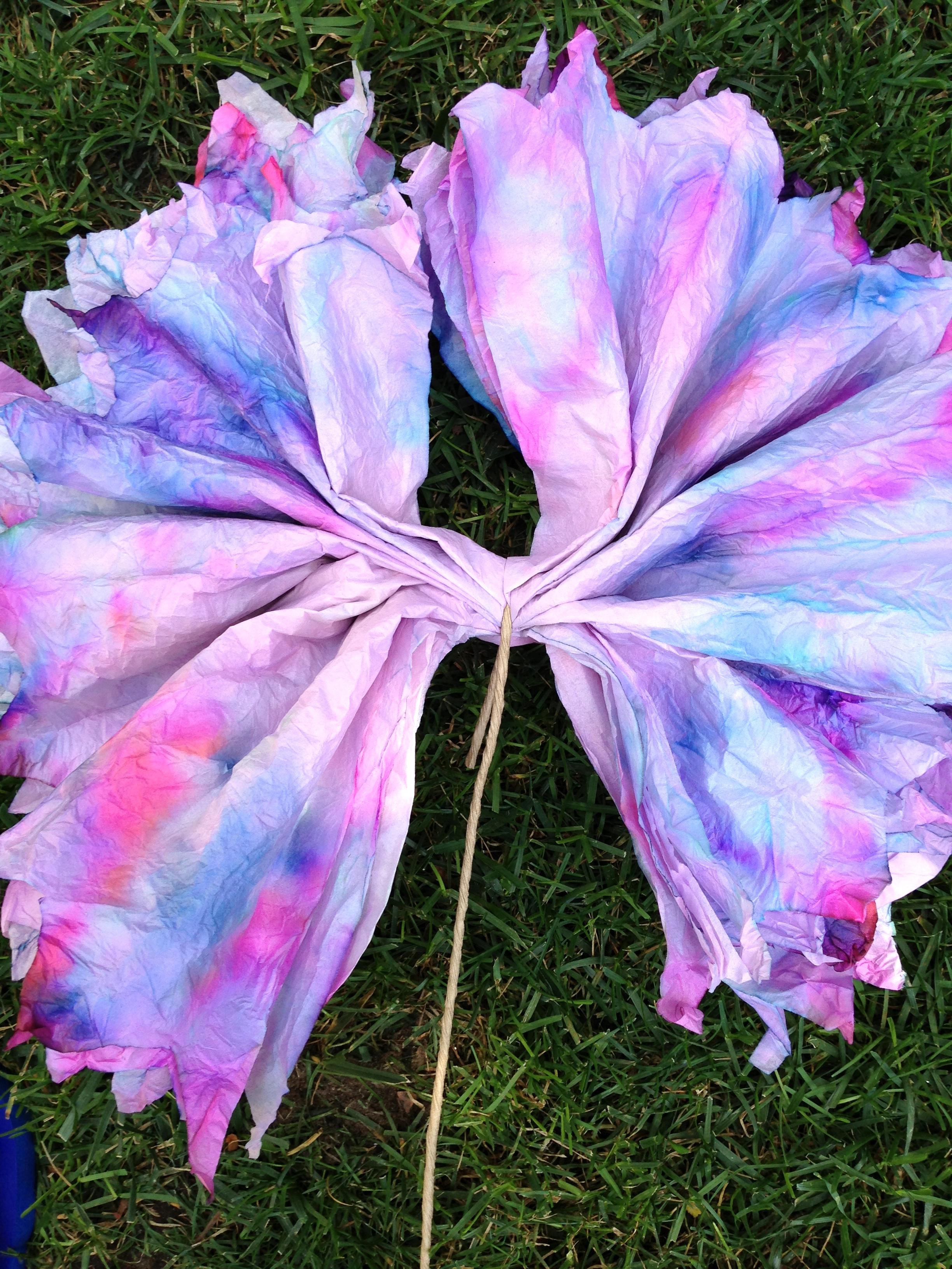 tie dye tissue paper flowers fumbleweeds. Black Bedroom Furniture Sets. Home Design Ideas